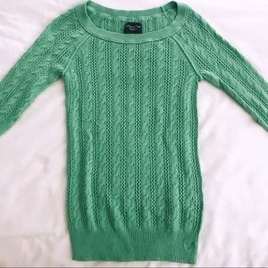 AMERICAN EAGLE OUTFITTERS WOMEN'S MINT SWEATER